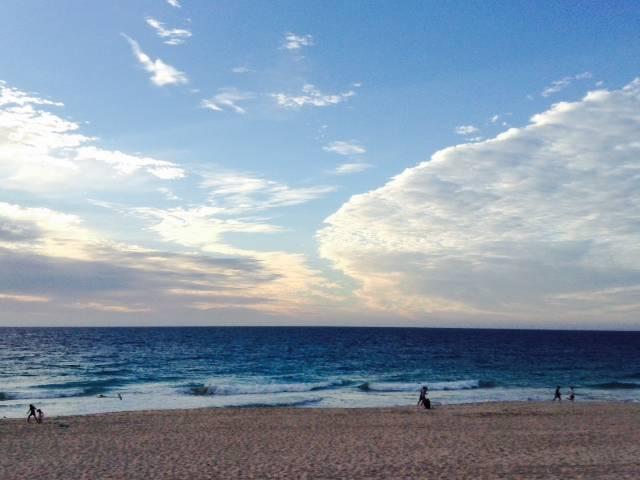 サンセットと夜景のコラボ!!インド洋のビーチサイドレストランでご夕食 A$145 Image6