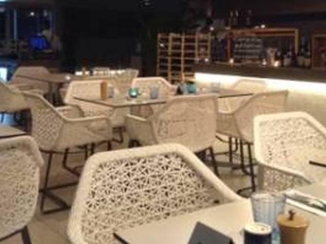 サンセットと夜景のコラボ!!インド洋のビーチサイドレストランでご夕食 A$145 Image3