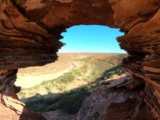 世界遺産シャークベイと西オーストラリアの秘境カルバリ国立公園を巡る感動の旅4日間。 Image6