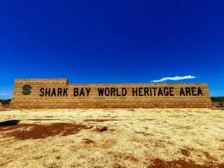 世界遺産シャークベイと西オーストラリアの秘境カルバリ国立公園を巡る感動の旅4日間。 Image7